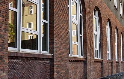 Westendallee 45-46  -  Herder-Gymnasium - (C) Peter Hahn fotoblues