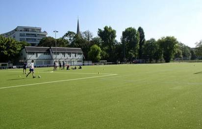 Straße am Schoelerpark 39  -  Sportanlage im Volkspark Wilmersdorf - (C) Peter Hahn fotoblues