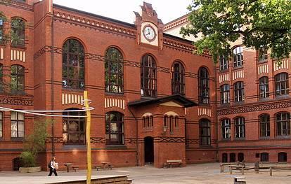 Bleibtreustr. 43  -  Joan-Miro-Grundschule - (C) Peter Hahn fotoblues