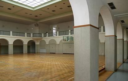 Gormannstr. 13  -  Franz-Mett-Sporthalle - (C) Peter Hahn fotoblues