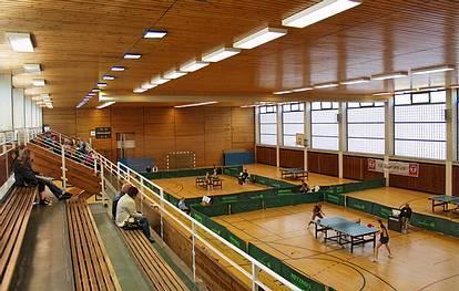 Hatzfeldallee 27-32  -  Sporthalle Tegel - (C) Peter Hahn fotoblues