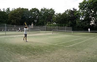 Öffentliche Tennisanlage im Volkspark - (C) Peter Hahn fotoblues