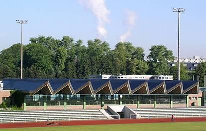 Fritz-Wildung-Str. 9  -  Horst-Käßler-Sporthalle - (C) Peter Hahn fotoblues